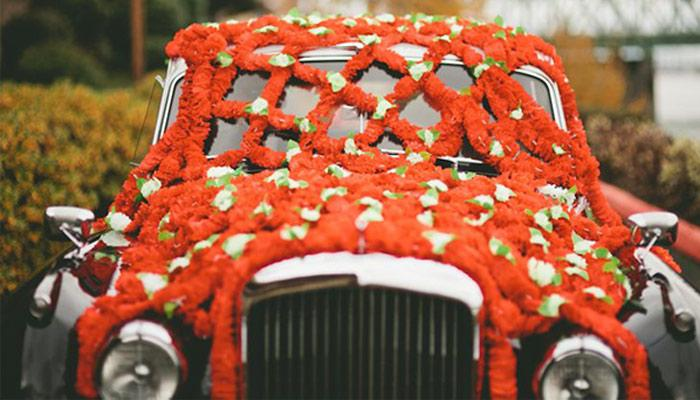 5 Trendy Ideas To Decorate Your Wedding Car