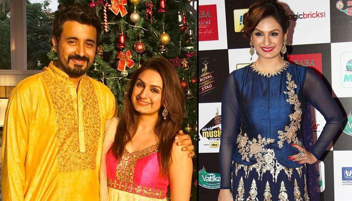'Saturday Saturday' Singer Akriti Kakar All Set To Get Hitched To Boyfriend Chirag Arora