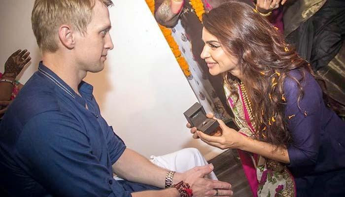 Aashka Goradia And Brent Goble Will Marry Twice, Reveals Wedding Date