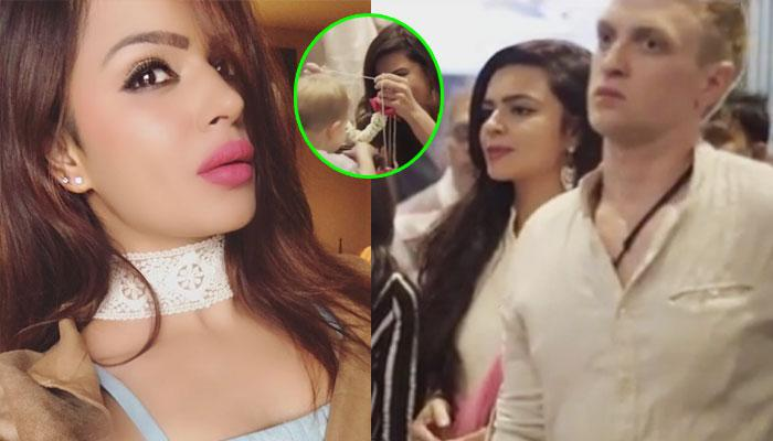 Aashka Welcomed Her 'Firangi' In-Laws In A Traditional Manner And The 'Swagat' Is So Unique