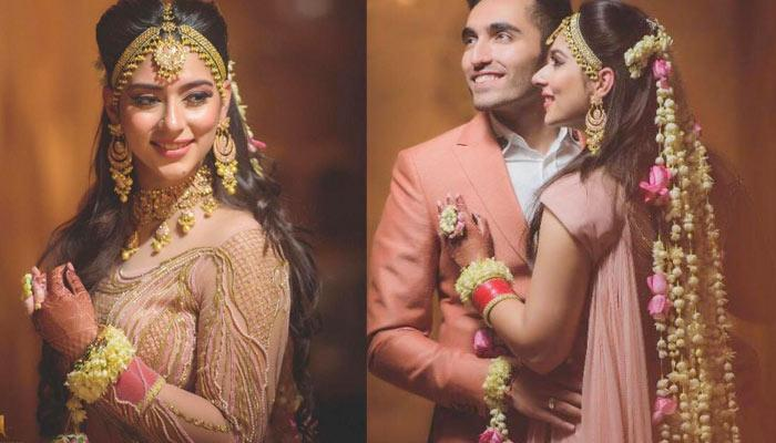 This Bride's Floral String Hairstyle Is So Unique; Mix Of Floral Hairstyle And Floral Dupatta
