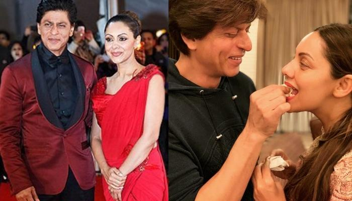 Shah Rukh Khan Gives A Perfect Reply On Being Questioned About His 29th Anniversary Gift To Gauri