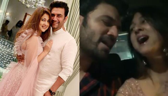 Sharad Kelkar And Wife, Keerti Kelkar Look Perfect As They Sing 'Mere Haath Mein, Tera Haath Ho'