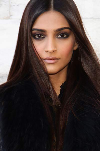 Trendy Eye Make Up Of Bollywood Beauties