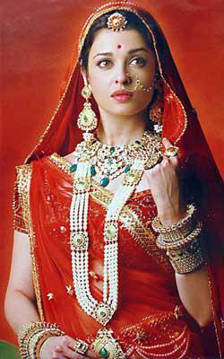 Simple Aditi Rao Hydari In Manish Malhotra Aditi Rao Hydari Actresses Aditi