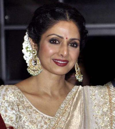 Stylish Hairstyles Of Bollywood Divas